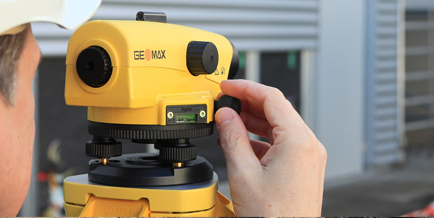 Geomax Levelling tools for surveying